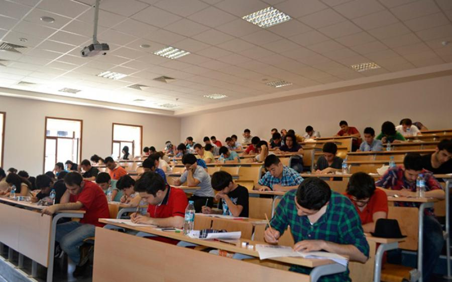 Turkey starts limited lockdown as nearly 2.5 million take exams