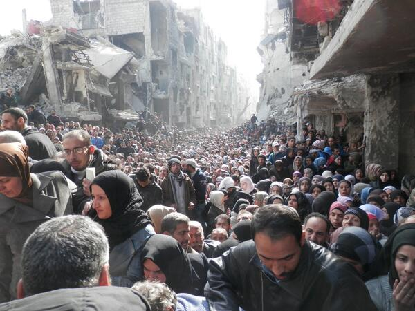 New violence shatters truce in Syria's Yarmuk