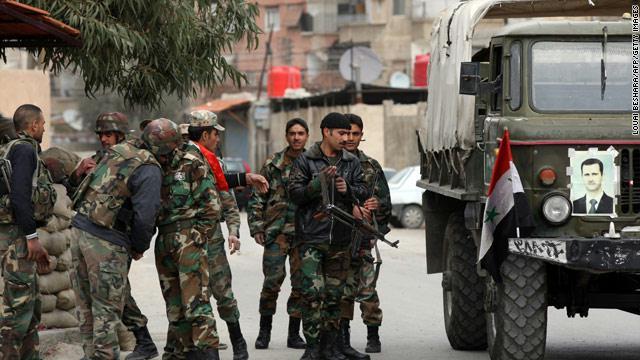 Syria army 'gains ground' along Lebanon border