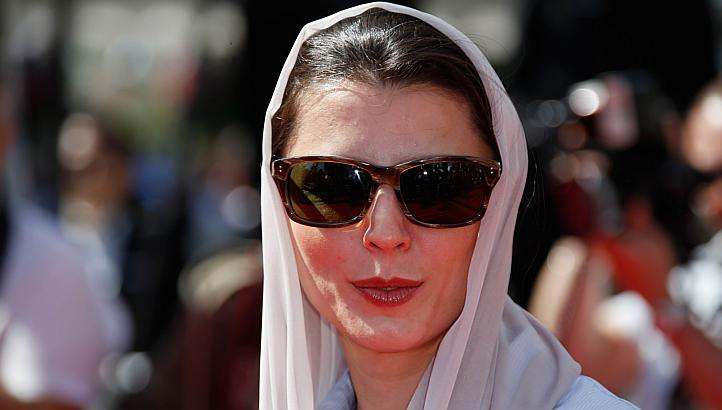 Iran actress's Cannes kiss sparks ire back home