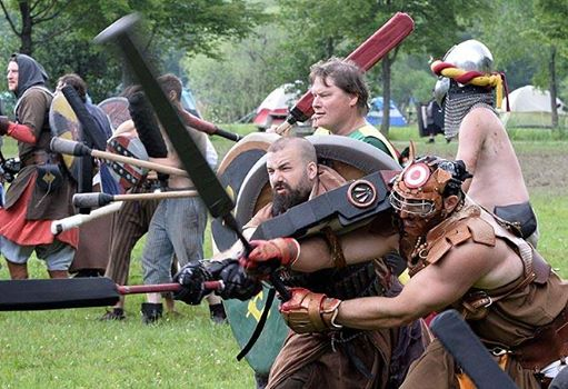Fantasy fighting takes modern-day US gladiators back in time