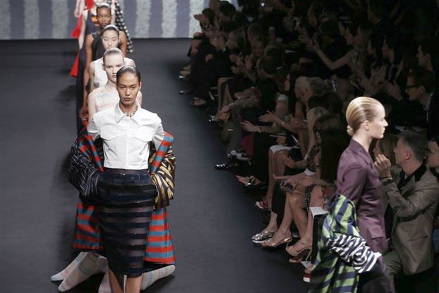 Paris fashion takes flight with Christian Dior