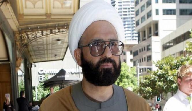 Extremist gunman, two hostages dead in Sydney siege cafe