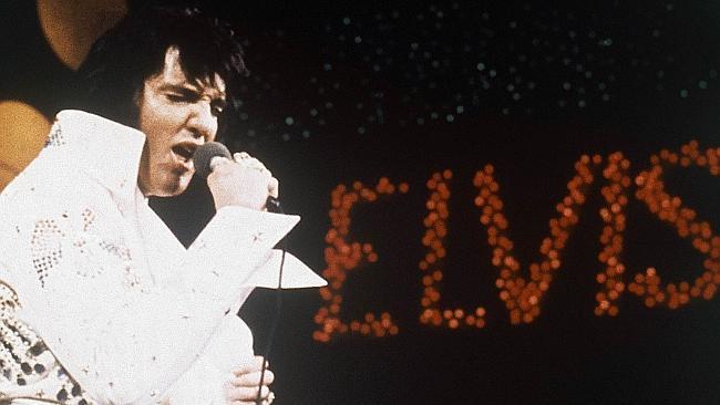 Garth Brooks tops Elvis on US all-time list