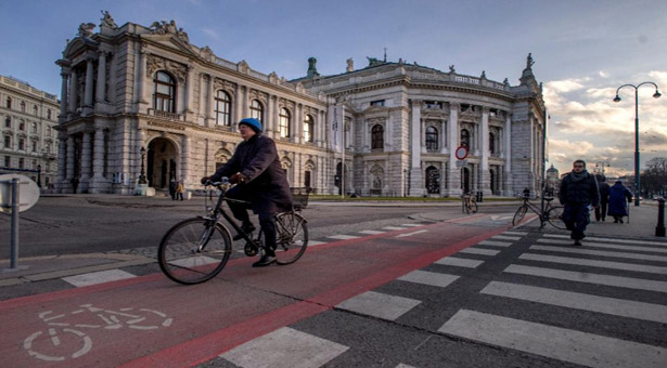 'World's most beautiful boulevard' turns 150