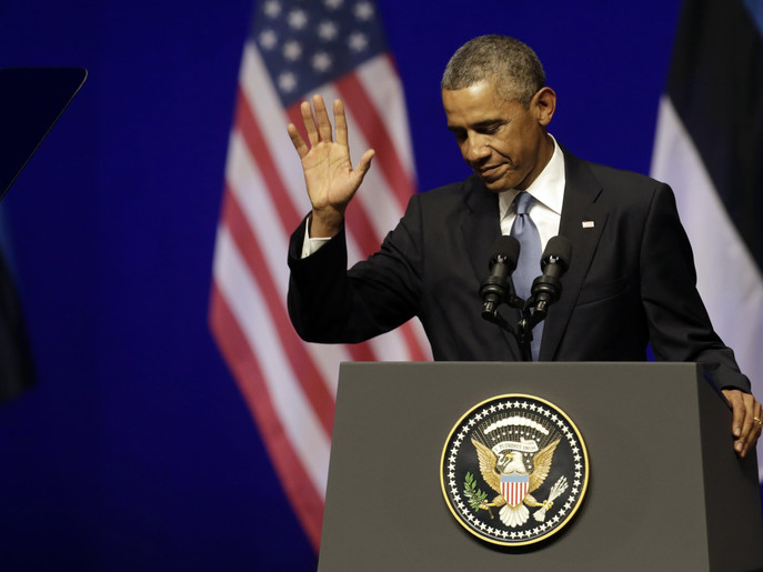 Obama hails progress in fight against Islamic State in Iraq