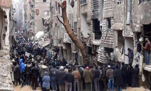 Jihadists, Palestinians battle in Syria refugee camp