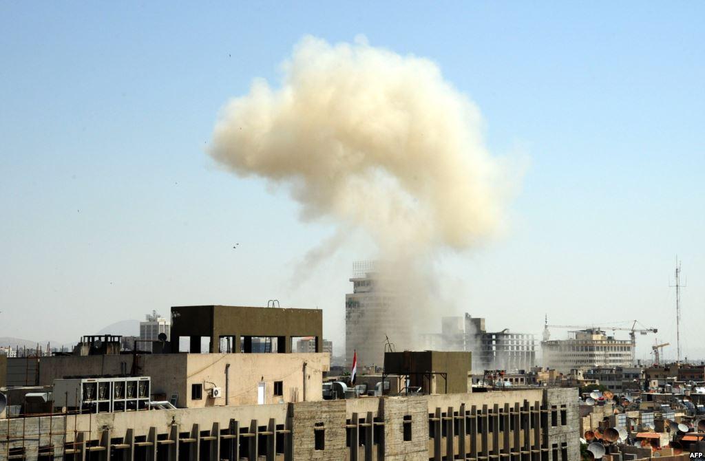 Rebel rocket fire kills 5 in Syrian capital