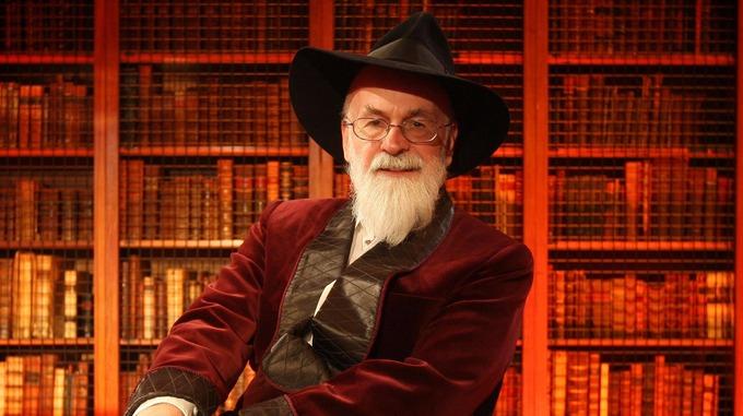 Queues in Britain as final Pratchett novel goes on sale