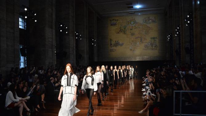 Fashion Week opens in Sao Paulo