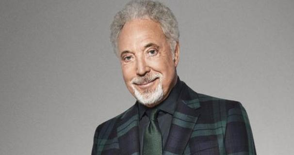 Tom Jones wants DNA test to find if he has black ancestry