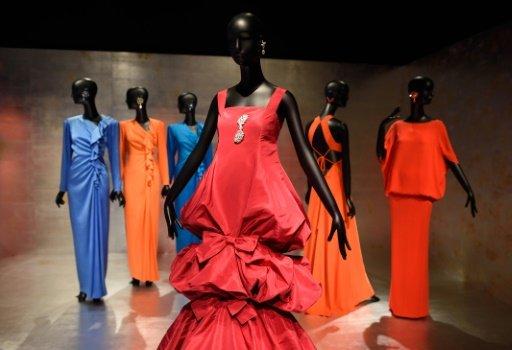 NY's Met celebrates fashion muse Jacqueline de Ribes
