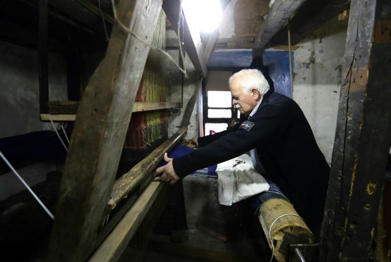 In old Damascus, war threatens Syrian handicrafts