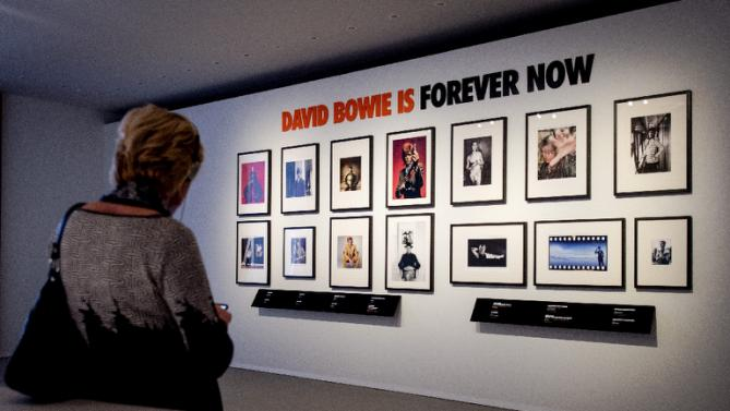 Dutch museum seeks to extend Bowie expo