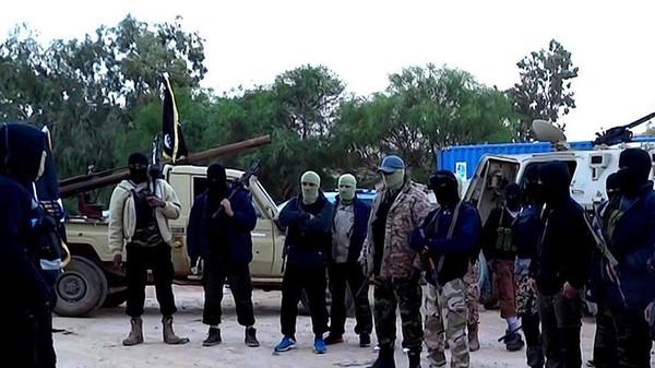 Fires rage as jihadists attack Libya oil facilities