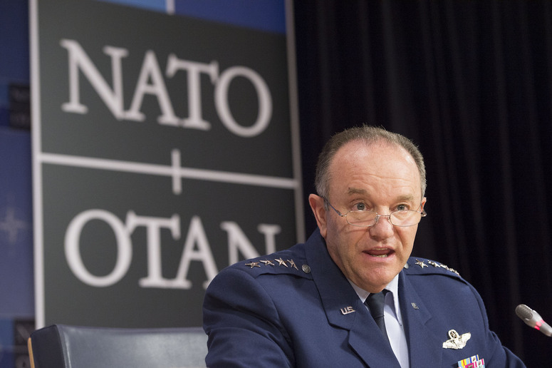 NATO commander says Russia, Syria using migrant crisis as weapon