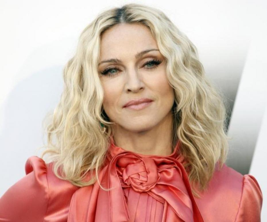 Madonna wants to 'restore peace' in son custody row