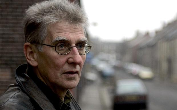 'Kes' writer Barry Hines dies in Britain