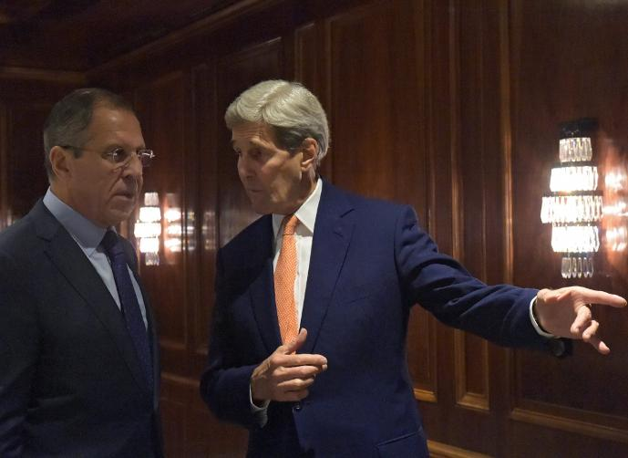 Kerry demands Russia rein in Syrian forces
