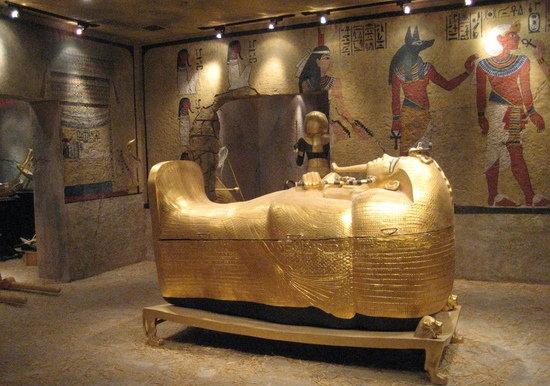 Tutankhamun dagger likely made from meteoric iron: study