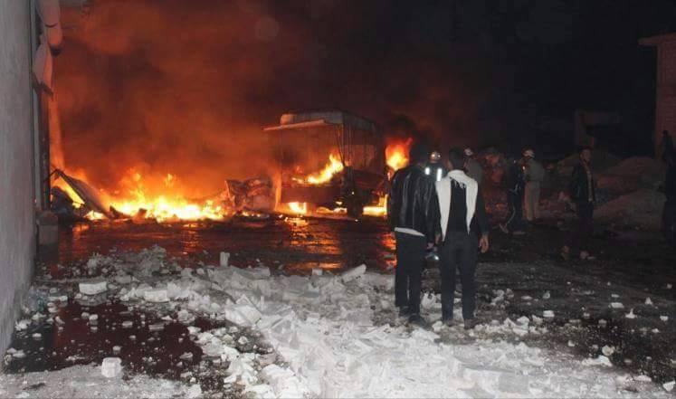 Raids on Syria market kill 21, hundreds flee IS bastion