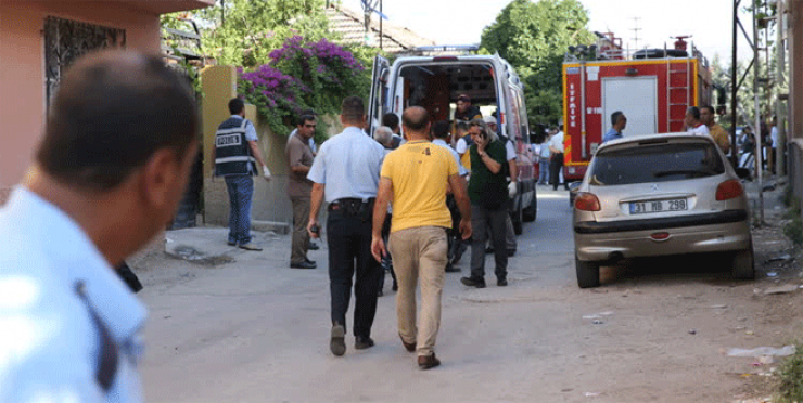 Two killed as explosion hits refugees near Turkey-Syria border