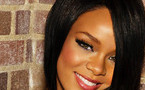 Singer Rihanna wants bling back