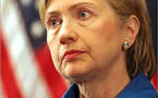 Hillary Clinton meets wife of American missing in Iran