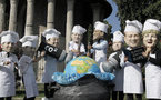 G8 rifts emerge as economic danger signs spied