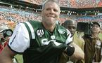 American football: Un-retired Favre practicing with Vikings