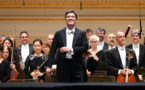 Chief conductor Hengelbrock to leave Hamburg's Elbphilharmonie early