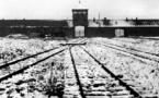 Survivors and world leaders meet at Auschwitz anniversary