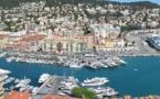 Nice closes famed seaside promenade as France mulls longer lockdown